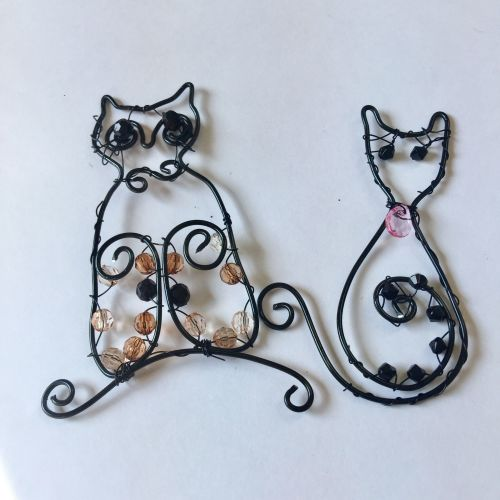 Wire designer cat and owl