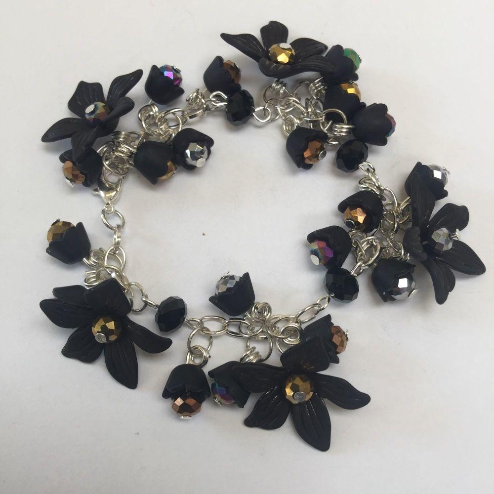 Black Lucite bracelet kit