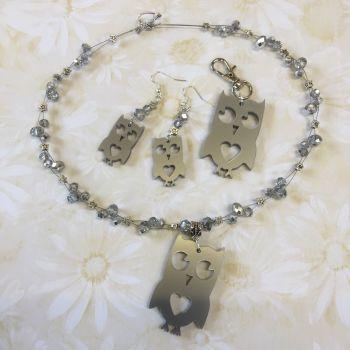 Acrylic owl necklace
