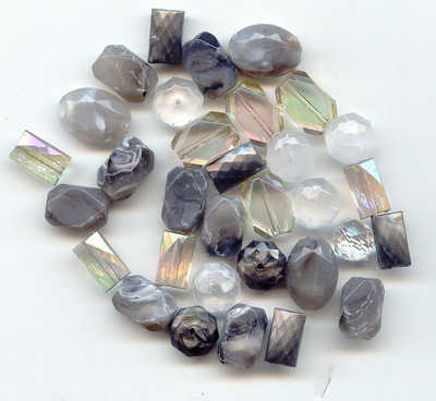Large Acrylic Faceted Beads Silver