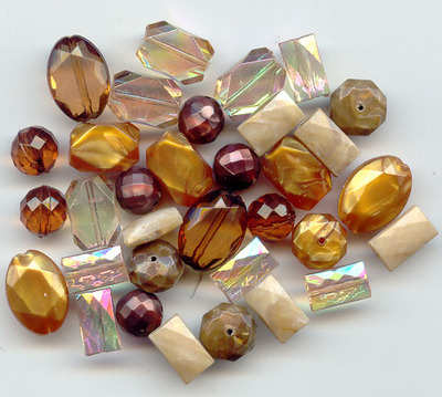 Large Acrylic Faceted Beads gold