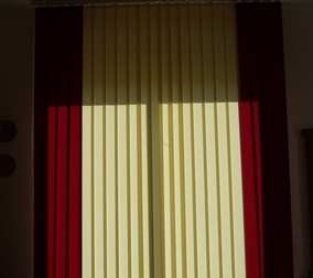 Vertical Blinds Red and Cream