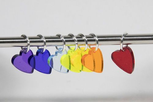 <!-- 002 -->Transparent rainbow heart stitch markers