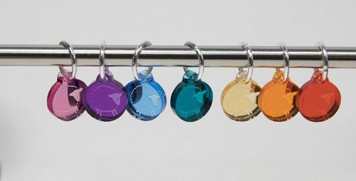 <!-- 006 -->Mirror rainbow sheep stitch markers