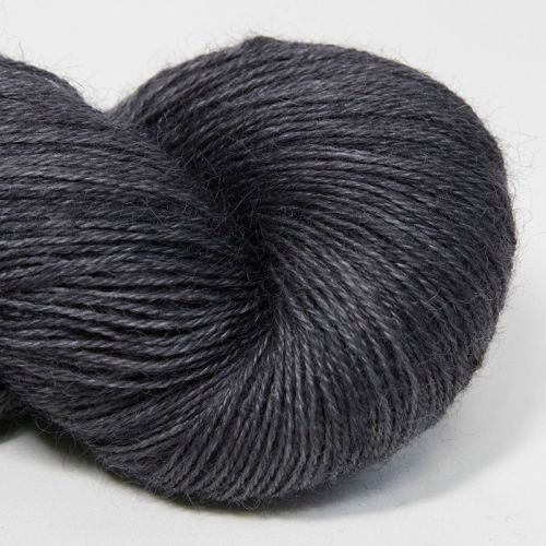 4ply Wensleydale and Shetland - charcoal 18B