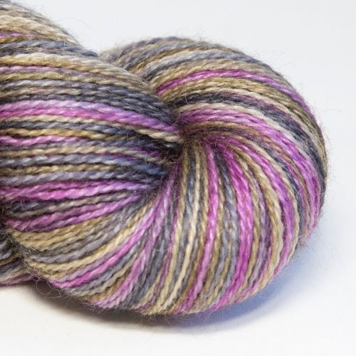 <!-- 001 --> 4ply BFL and Mohair - Fine Feathers 18C