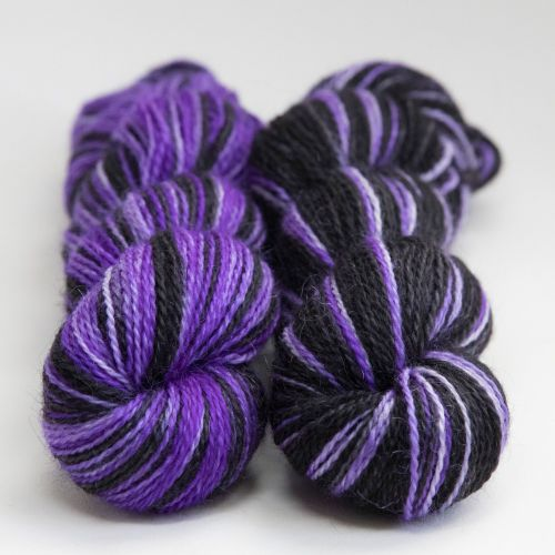 <!-- 004 --> 4ply BFL and Mohair - Same Difference Gothic Delight