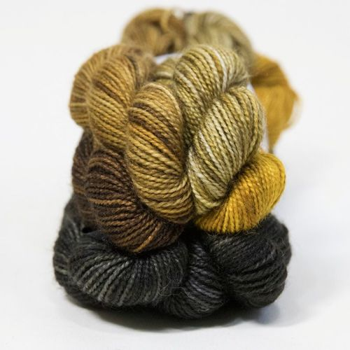 <!-- 004 -->4ply BFL & nylon magnificent seven mini skein set - Stratified