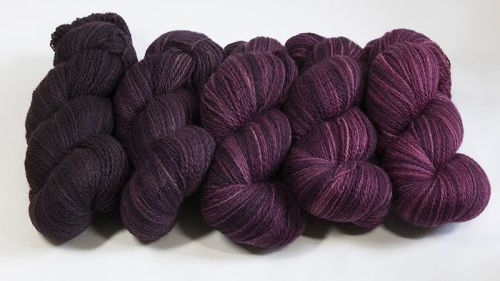 <!-- 001 -->4ply BFL and Masham Plum Ombre 18M