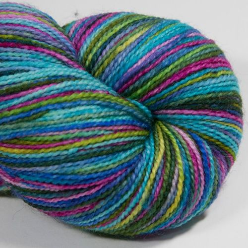 4ply BFL & nylon - Blue Rainbow 18AA