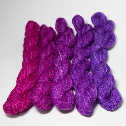 <!-- 004 -->One Farm Yarn - Pink to Violet mini skeins 18N