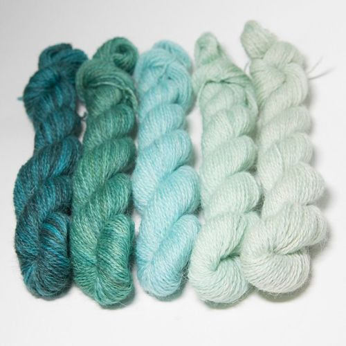 <!-- 004 -->One Farm Yarn - Turquoise Fades mini skeins 18N