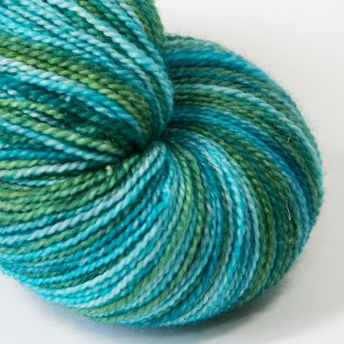 4ply BFL & nylon - Peppermint Swirl 19E