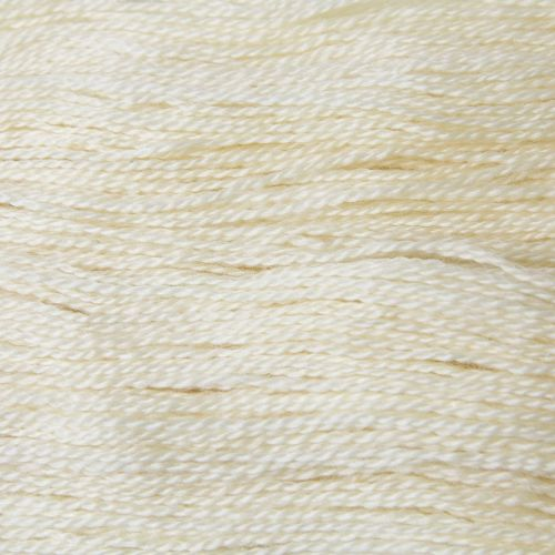 <!-- 002 -->  4ply BFL and Mohair - Palest Cream 19M50
