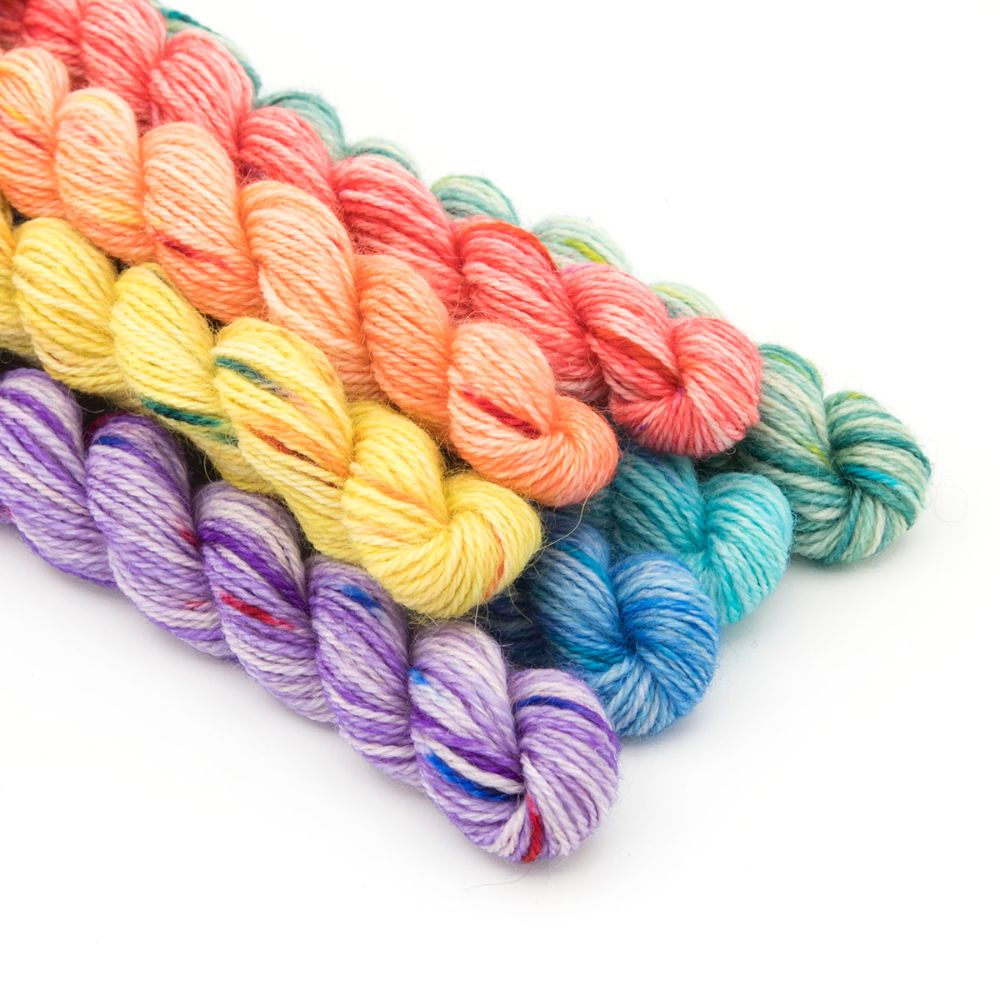 <!-- 005 -->Mini Skeins