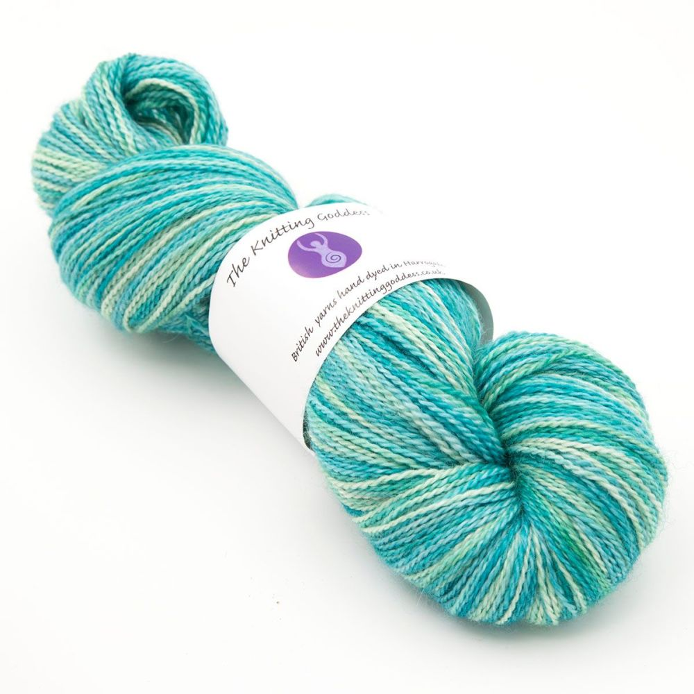 4ply BFL, silk and alpaca - Green and ... 18D