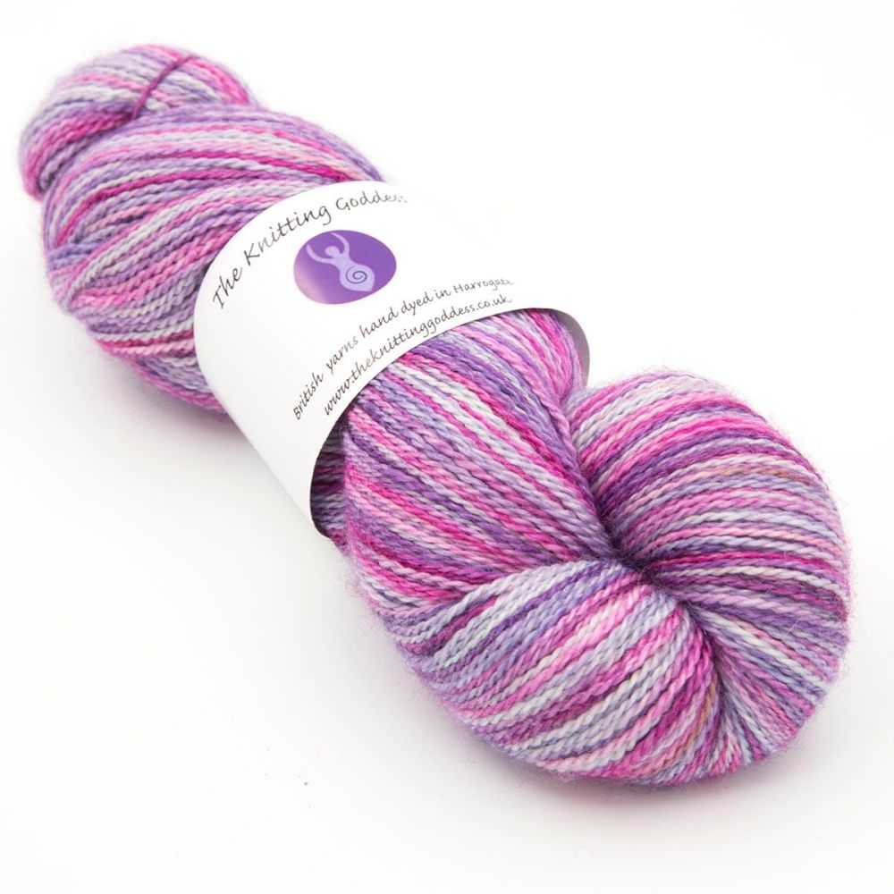 <!-- 001 -->4ply BFL, silk and alpaca - Pink and ... 18D