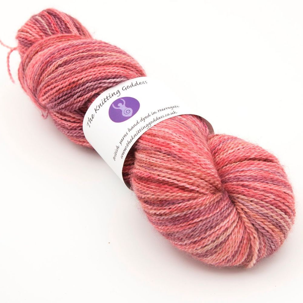 <!-- 001 -->4ply BFL, silk and alpaca - Red and ... 18D