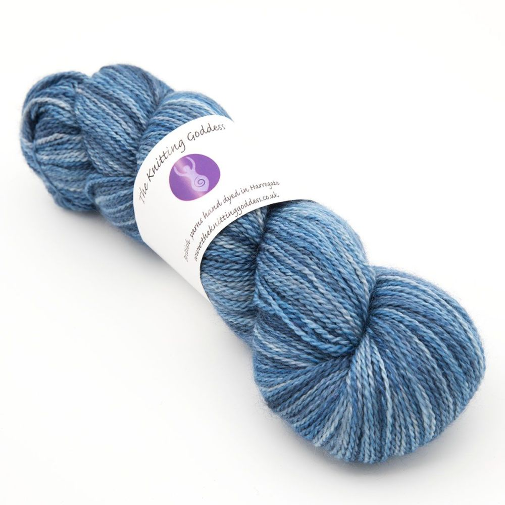 <!-- 002 -->4ply BFL, silk and alpaca - Navy 18AA