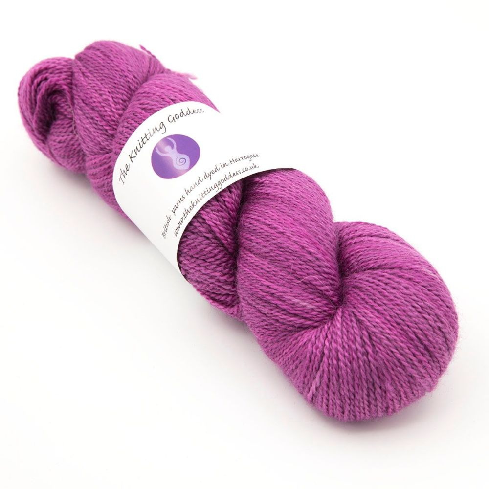 <!-- 002 -->4ply BFL, silk and alpaca - Summer Berry 18AA