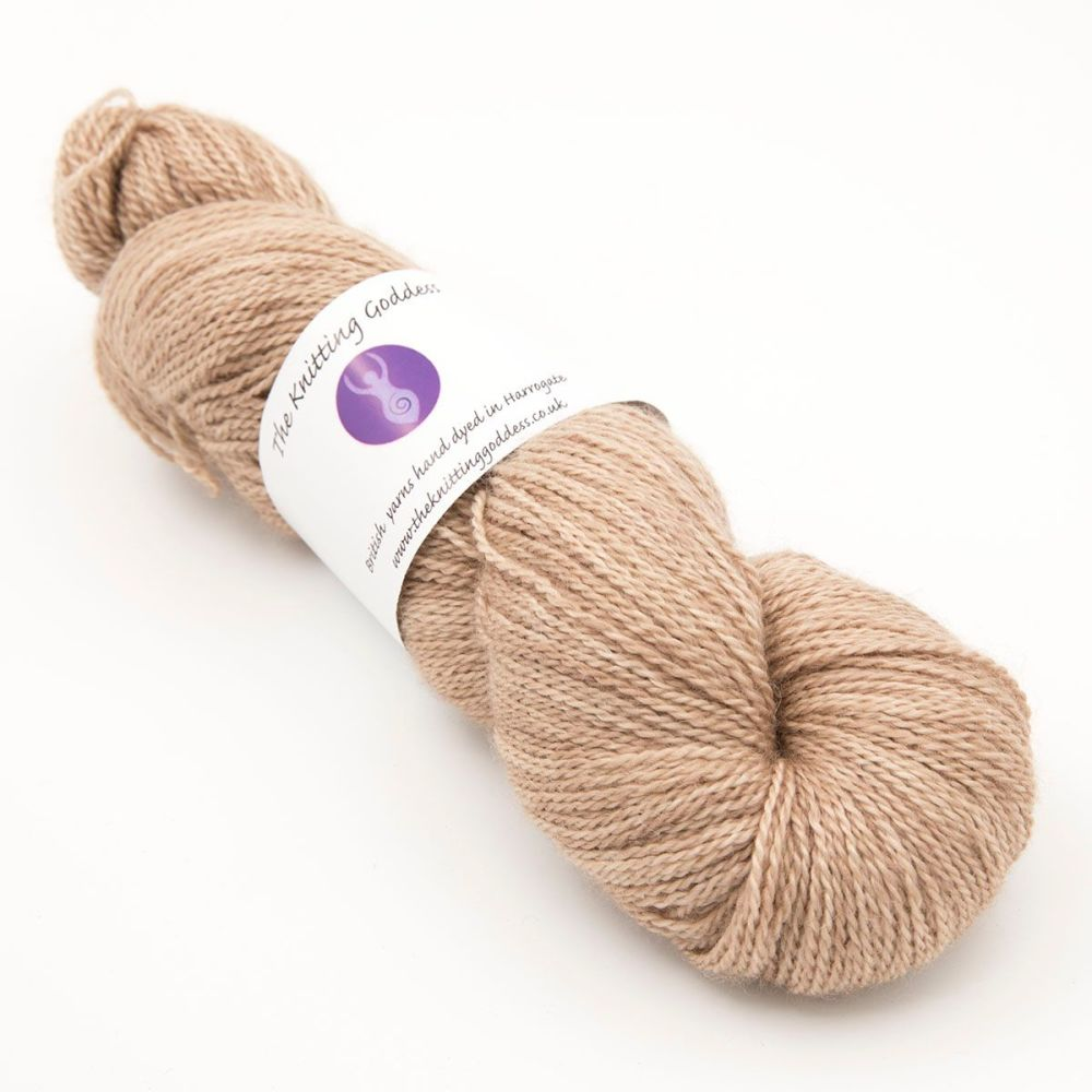 <!-- 002 -->4ply BFL, silk and alpaca - Toffee 18AA