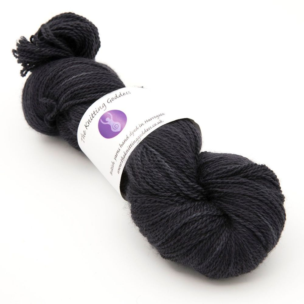 <!-- 003 -->4ply BFL, silk and alpaca - Coal 18AB