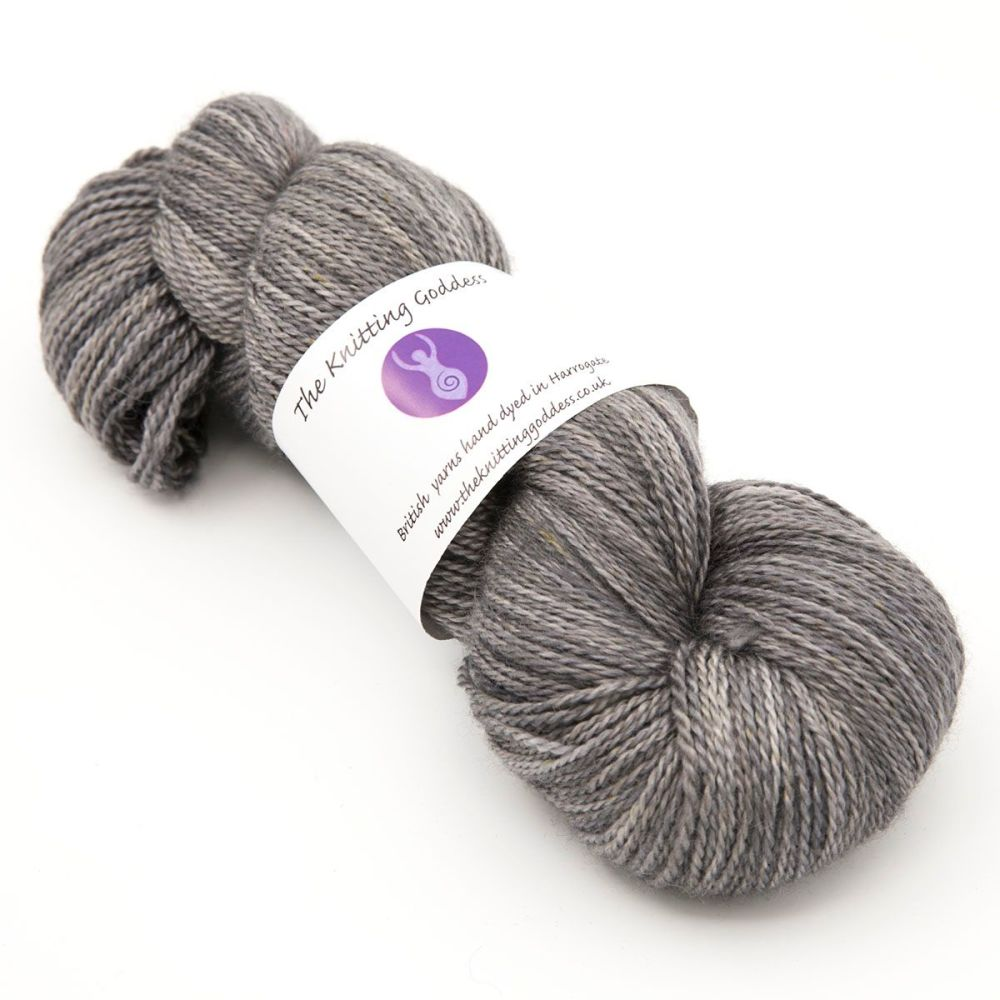 <!-- 003 -->4ply BFL, silk and alpaca - Gunmetal 18AA
