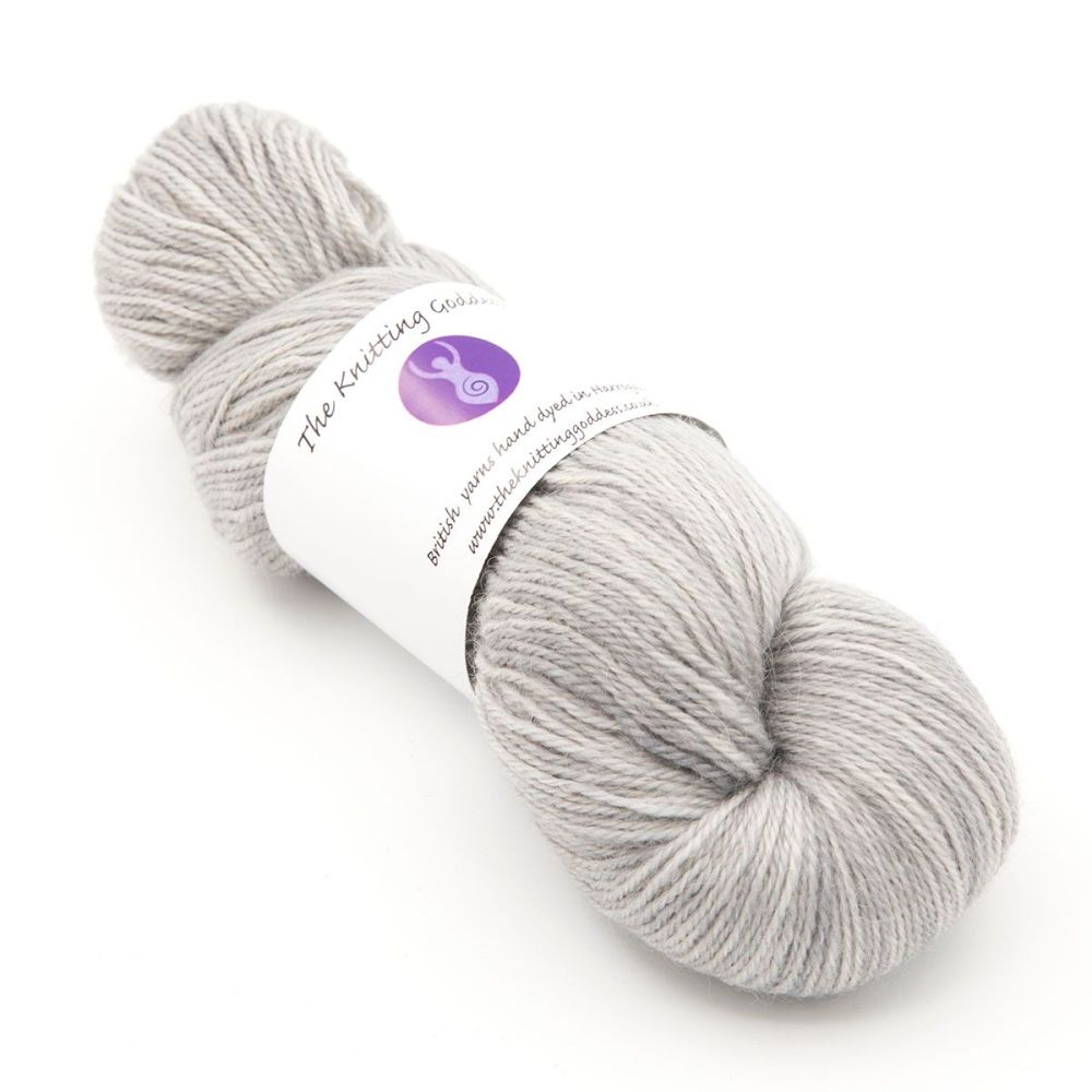 <!-- 001 -->4ply Britsock - Silver 18R