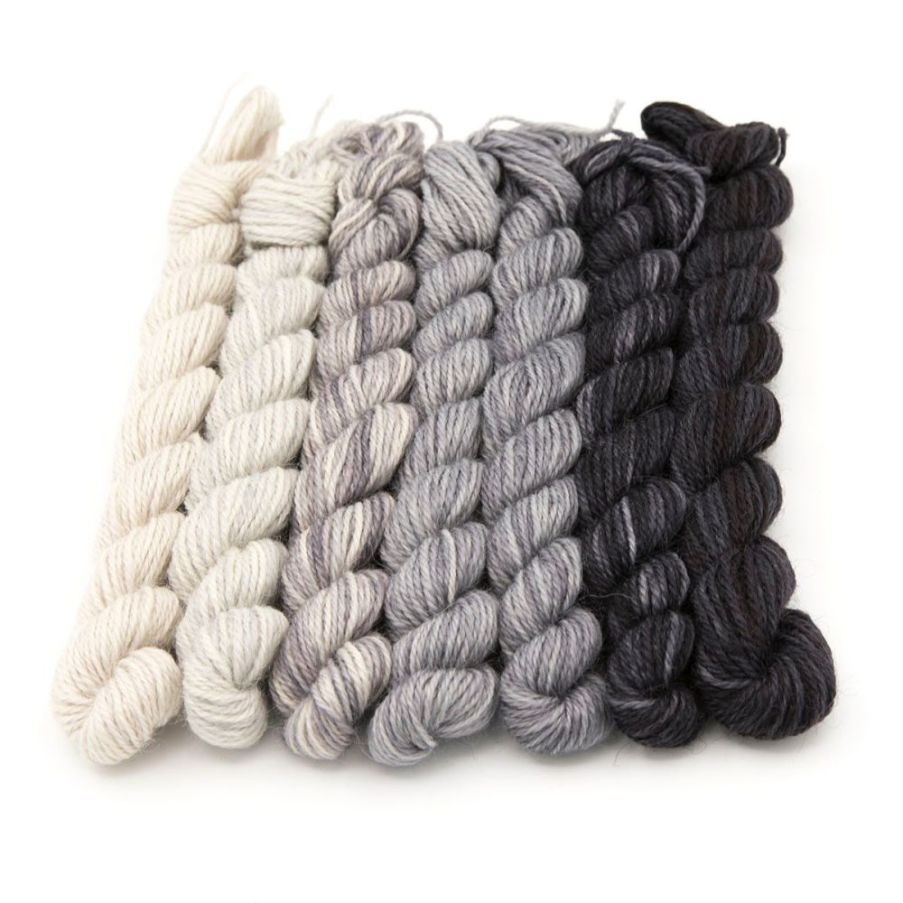 The Greys mini skeins 19P