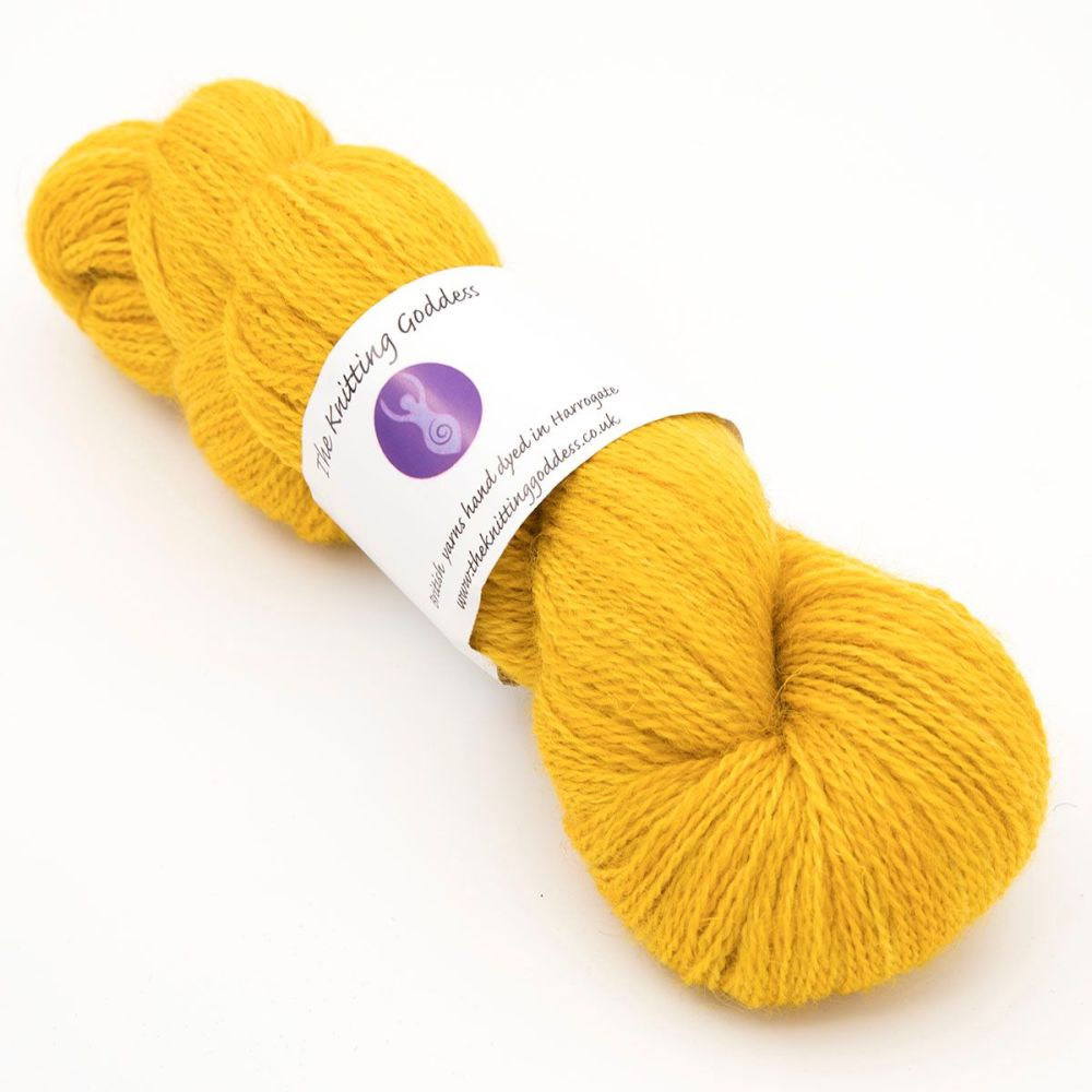 <!-- 002 -->One Farm Yarn - Gold 18AA