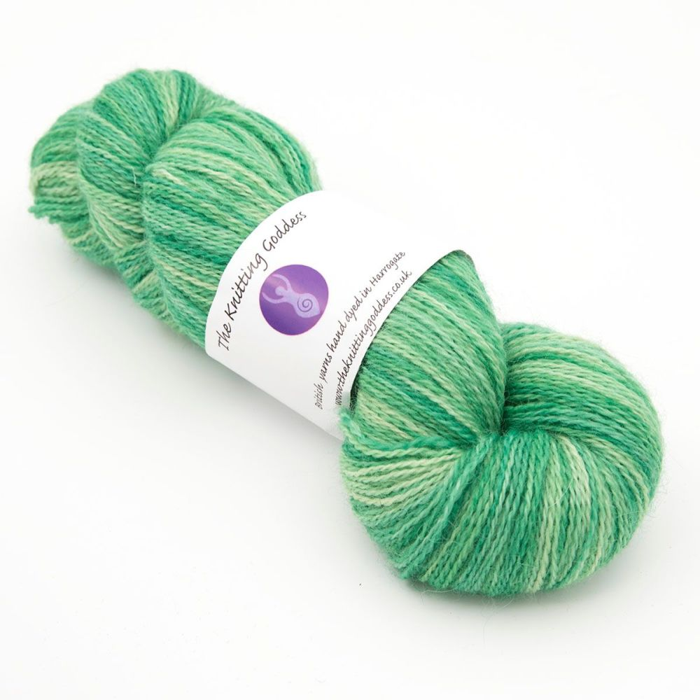 <!-- 002 -->One Farm Yarn - Green 18AA