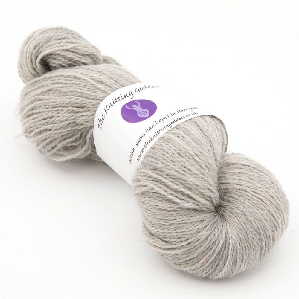 <!-- 002 -->One Farm Yarn - Mist  20A