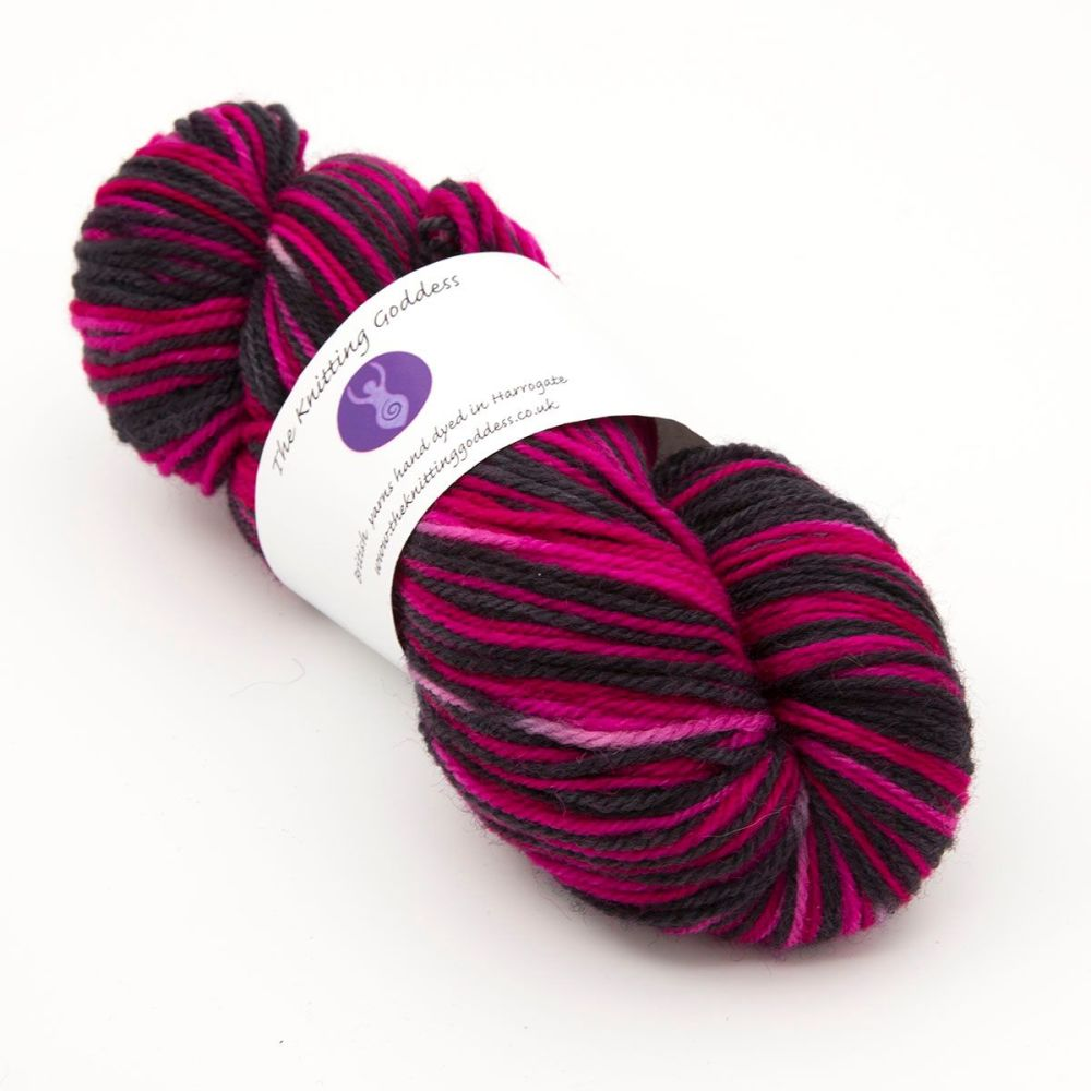 DK sock yarn - Black and Pink