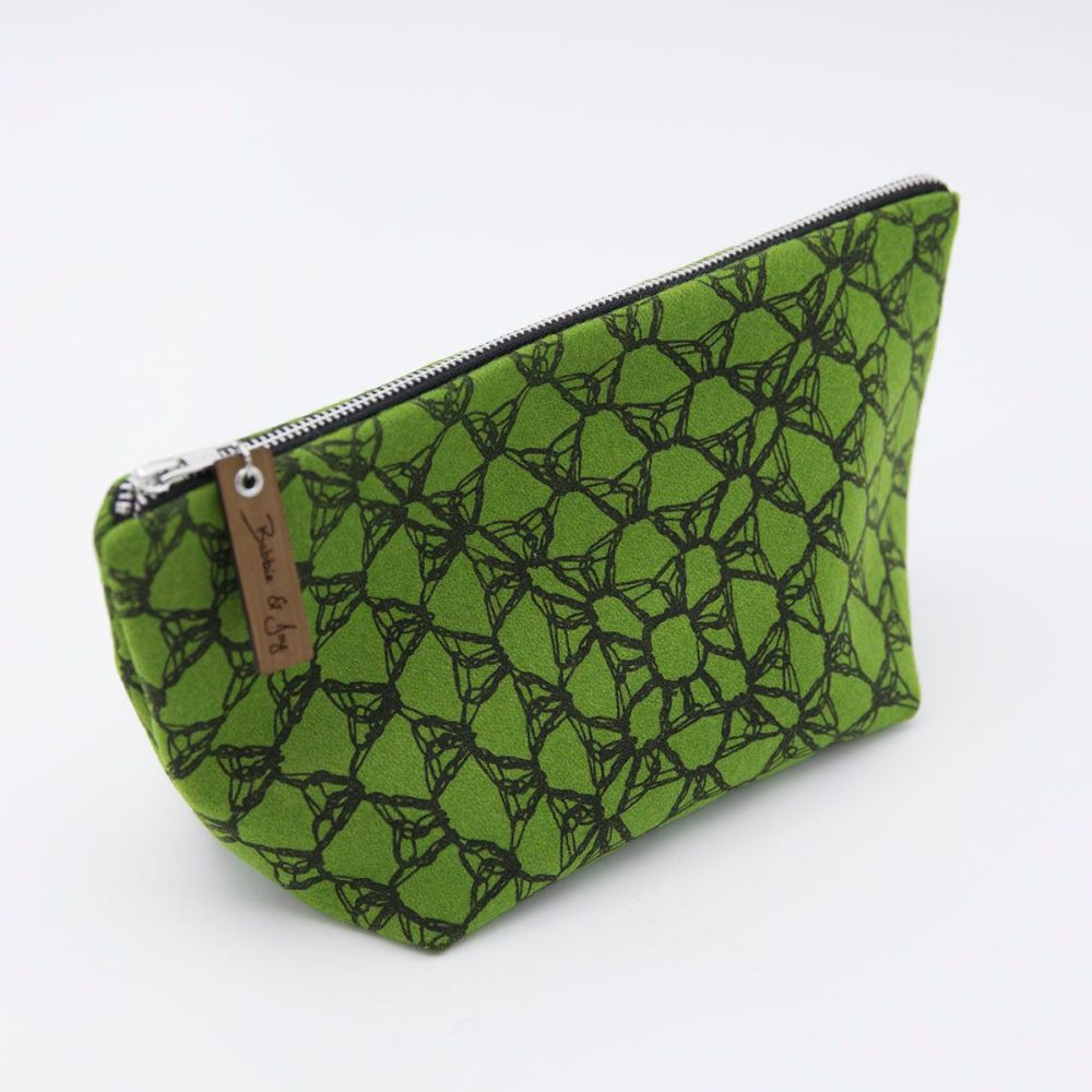 Green Wool Felt Bag - Crochet Print