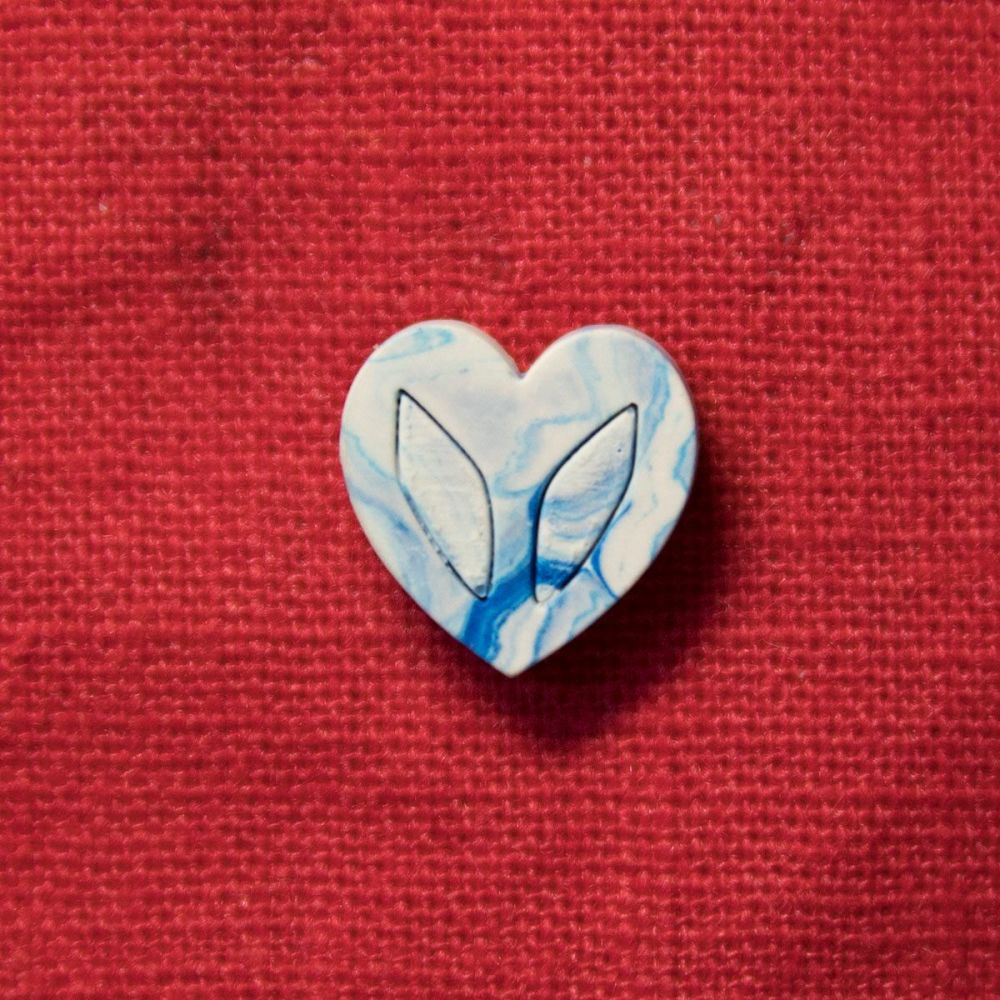 Tiny Jesmonite Heart Pin - Blue