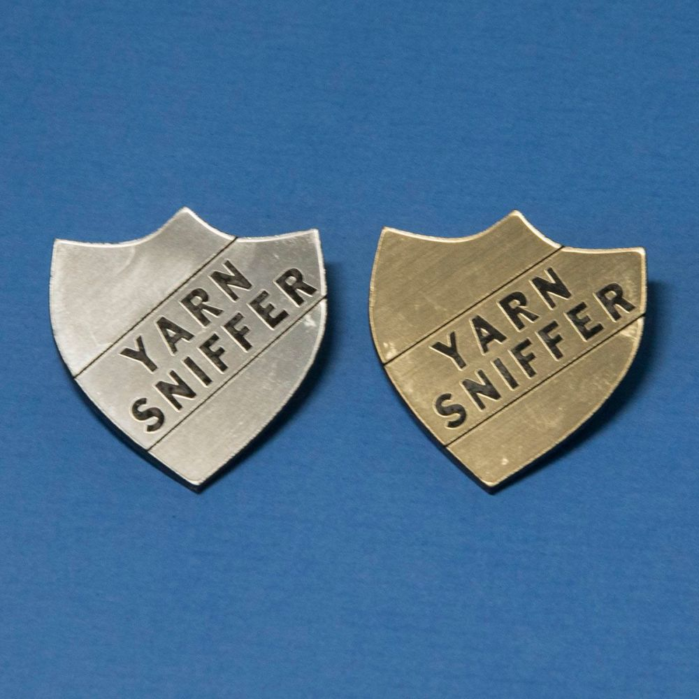 Perspex Yarn Sniffer Badge