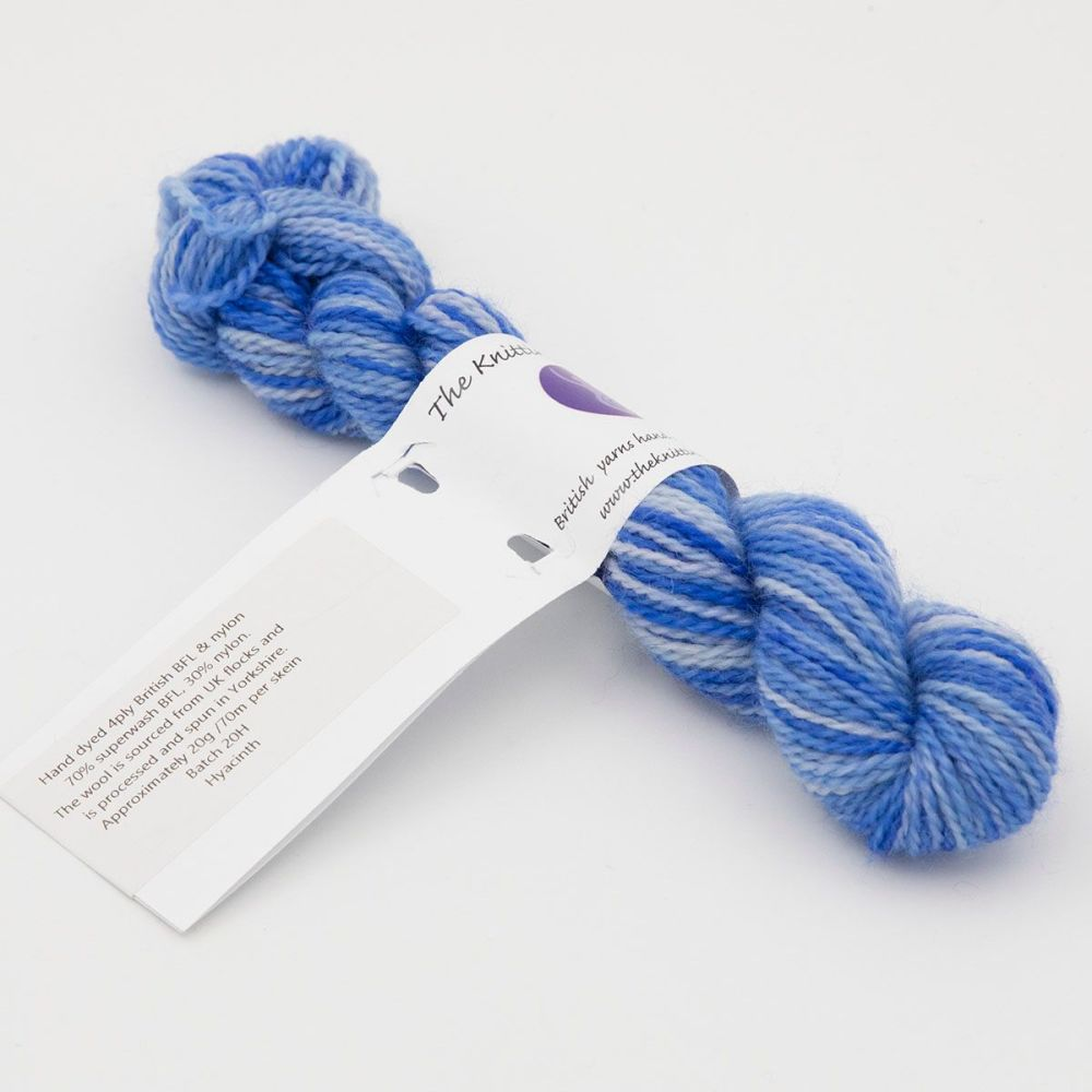 4ply BFL & Nylon mini skein - Hyacinth