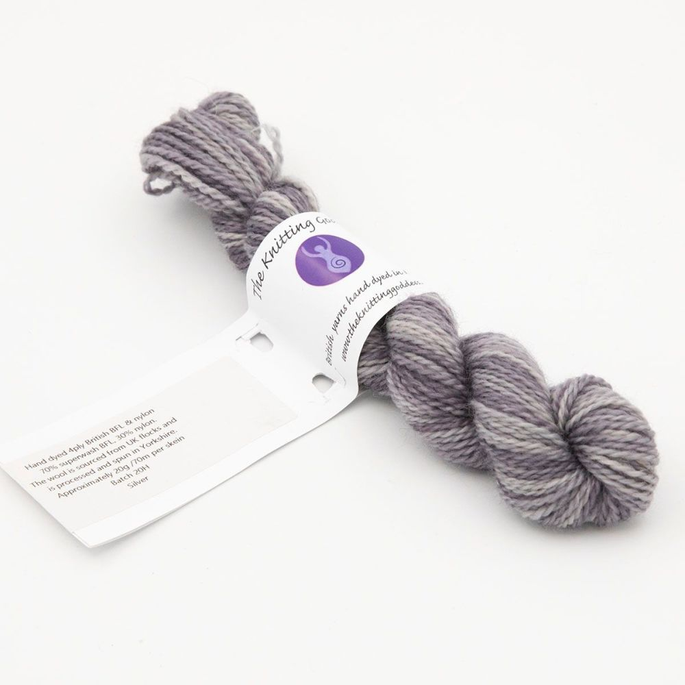 mini-skein-silver-blue-faced-leicester-nylon-hard-wearing-sock-yarn-British