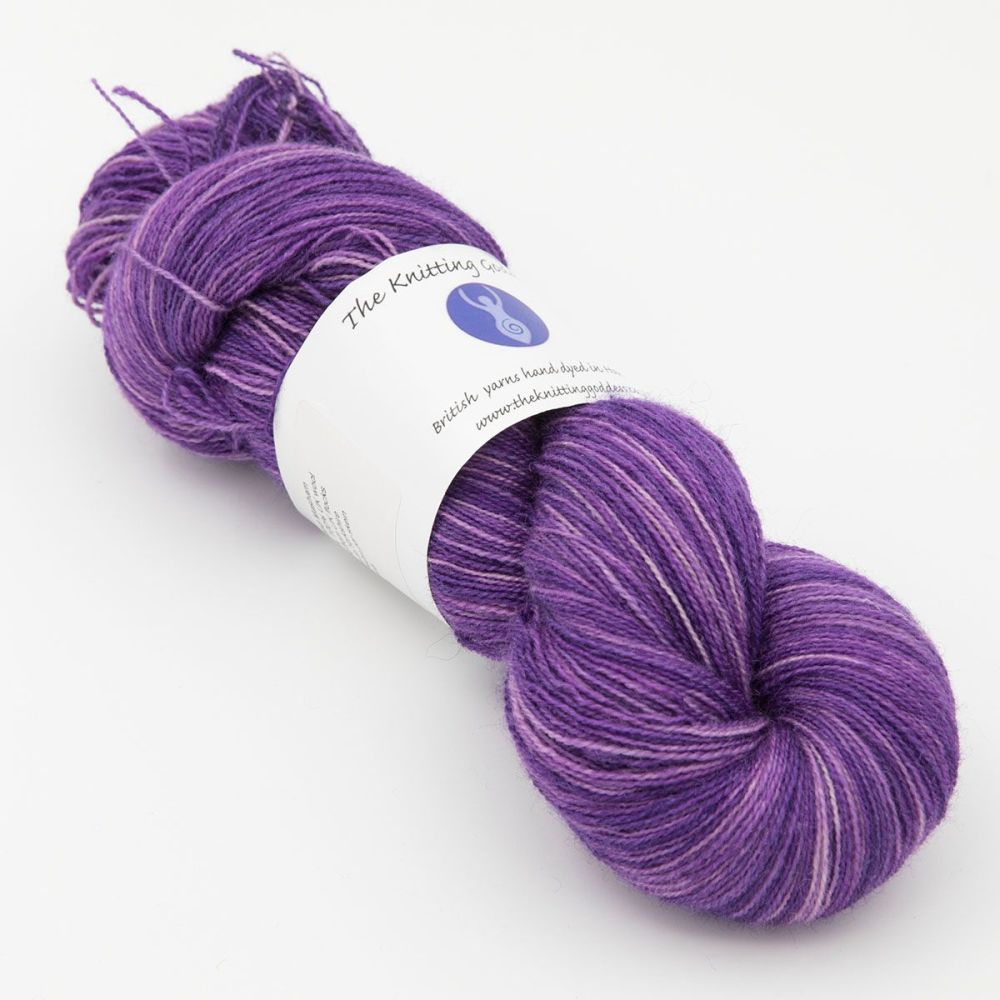 <!-- 015 -->Lace Weight BFL and Silk - Shaded Wisteria