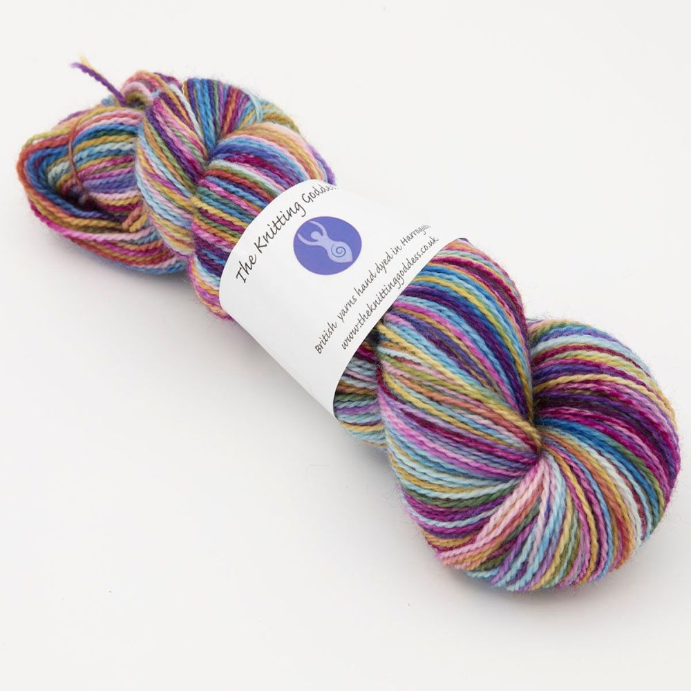 faded-rainbow-blue-faced-leicester-nylon-hard-wearing-sock-yarn-British-ind