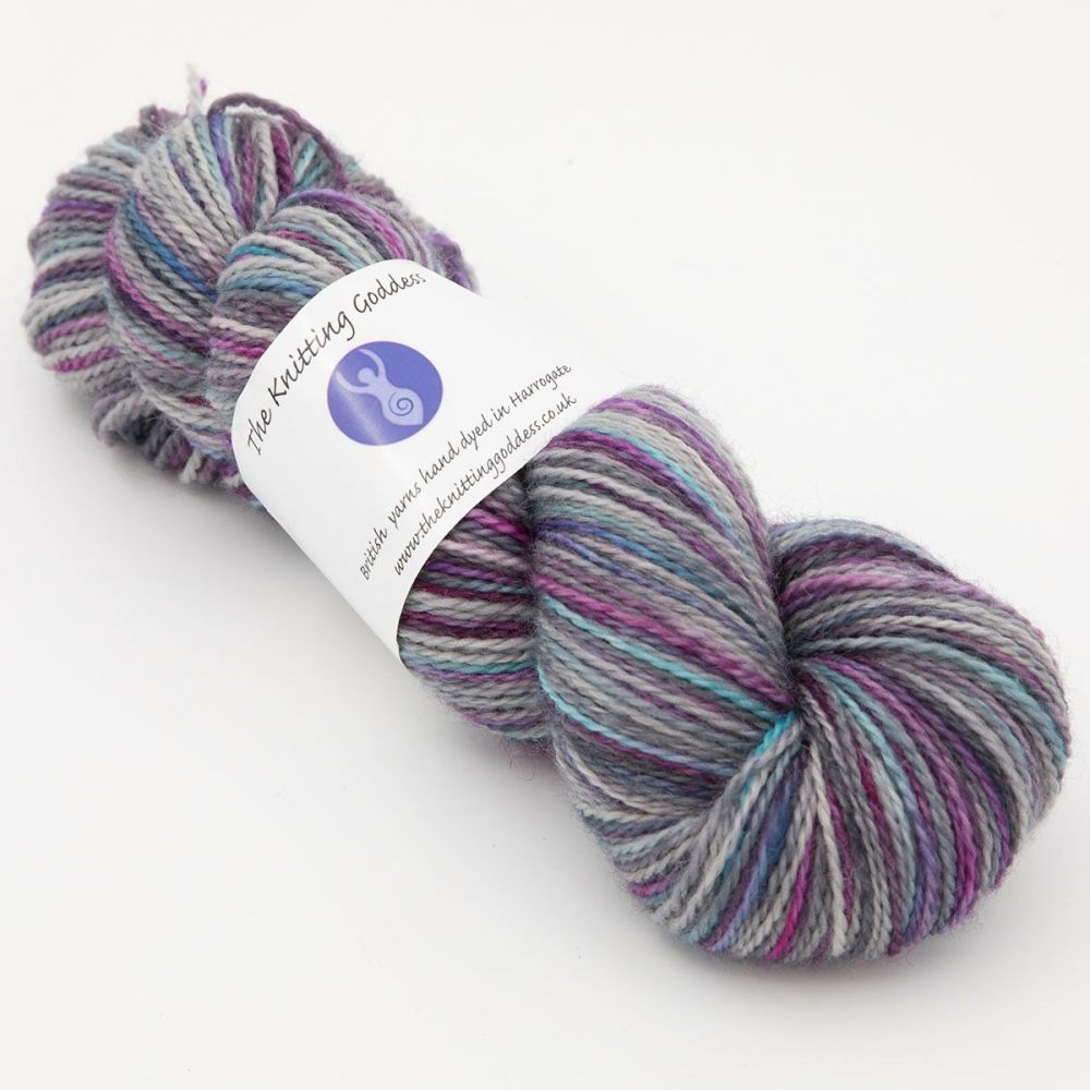 unicorn-delight-blue-faced-leicester-nylon-hard-wearing-sock-yarn-British-i