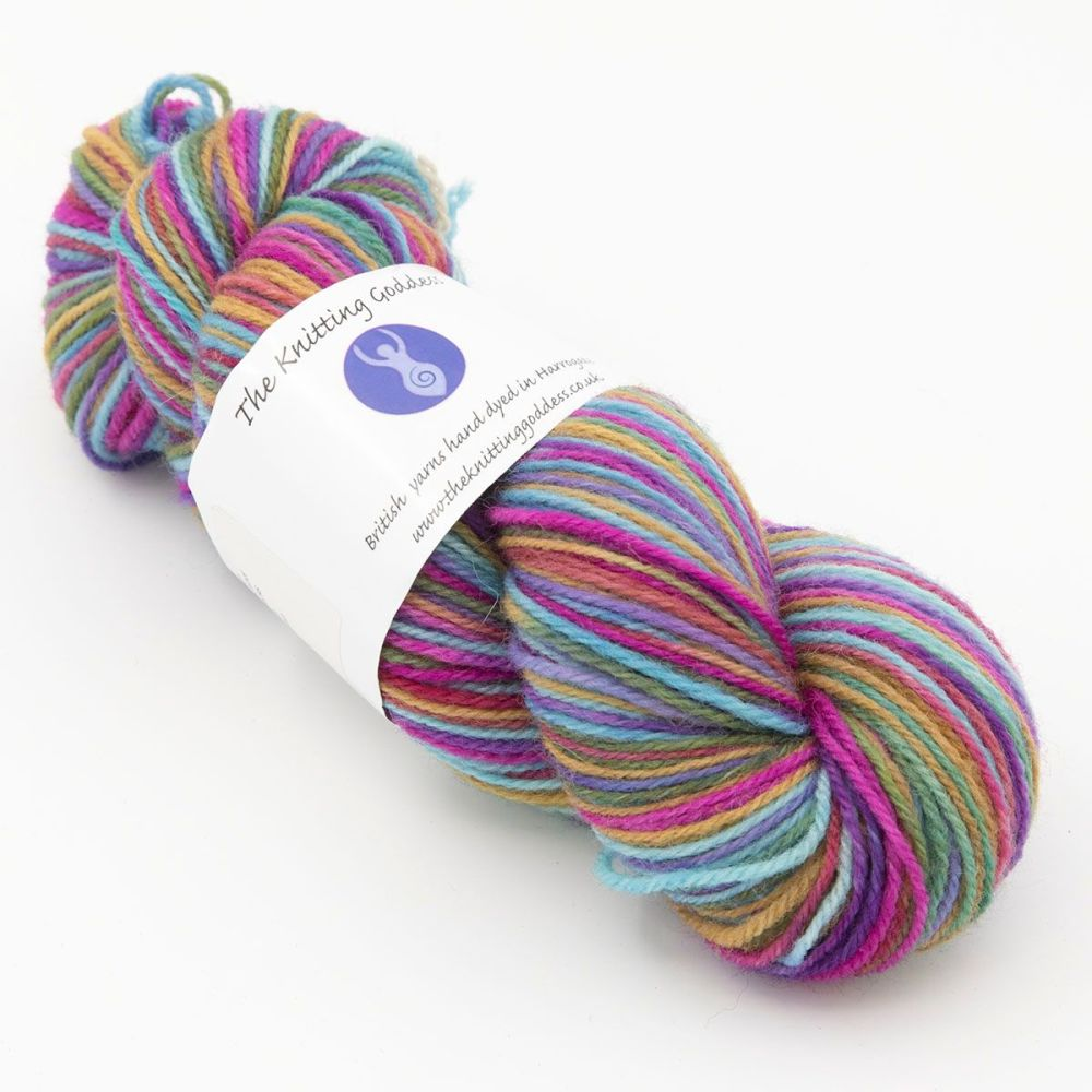 faded-rainbow-white-faced-woodland-hard-wearing-dk-sock-yarn-British-hand-d