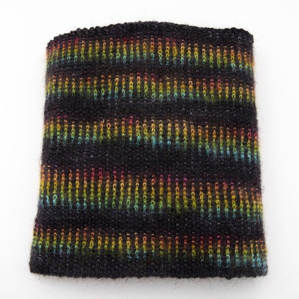 moonbroch Rainbow kid mohair silk linen stitch knitted cowl 1
