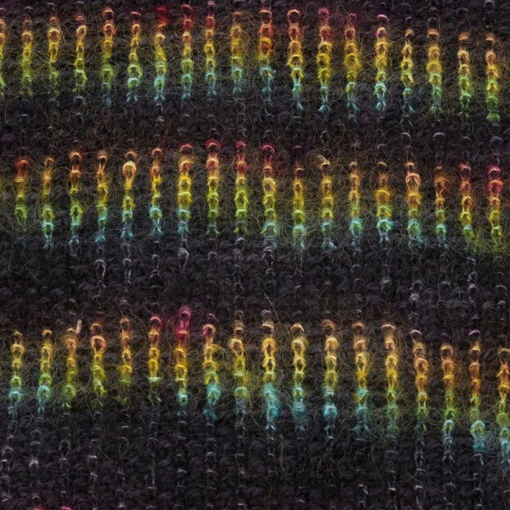 moonbroch Rainbow kid mohair silk linen stitch knitted cowl 2