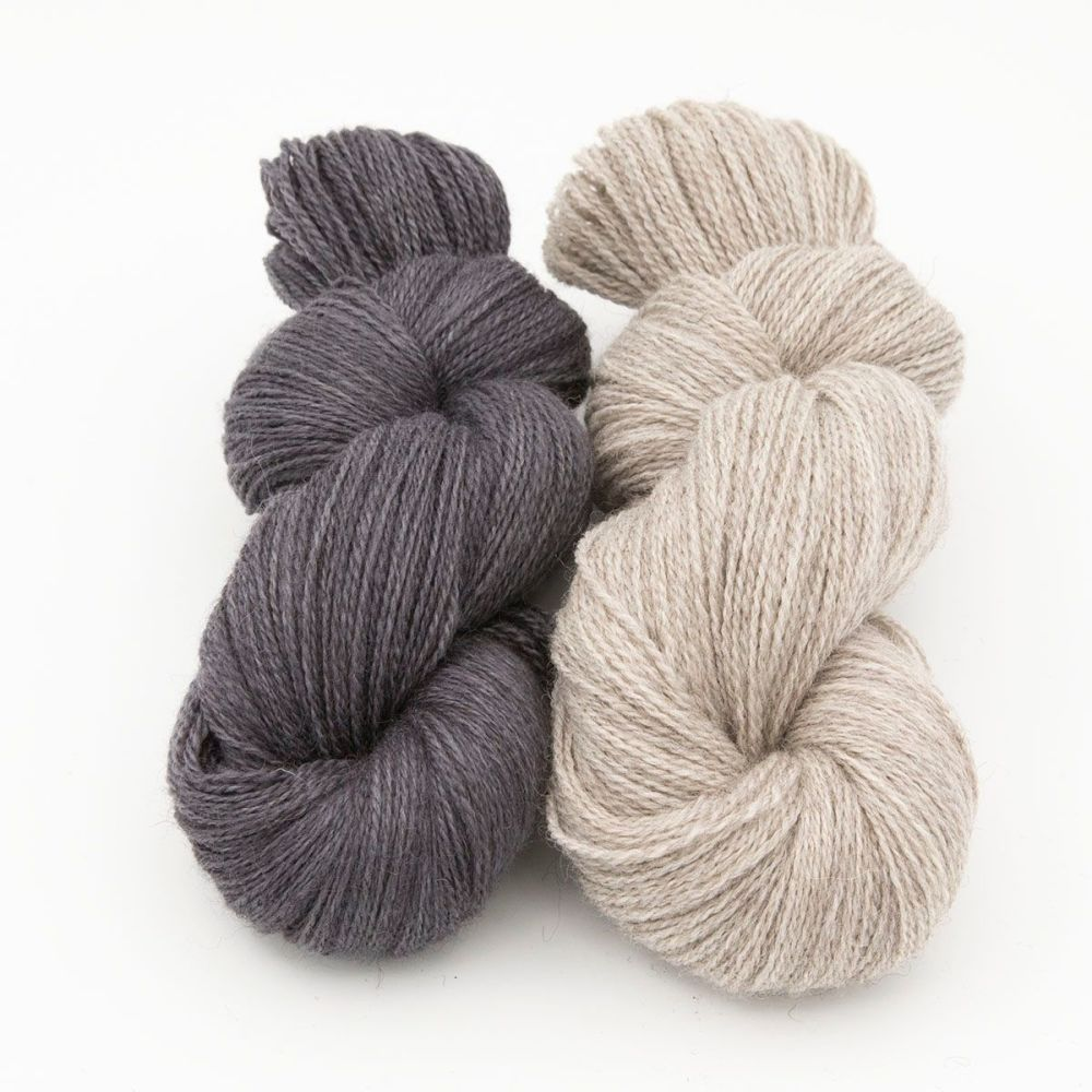 coal-silver blue-faced-leicester-masham-yarn-British-indie-dyed-the-knittin