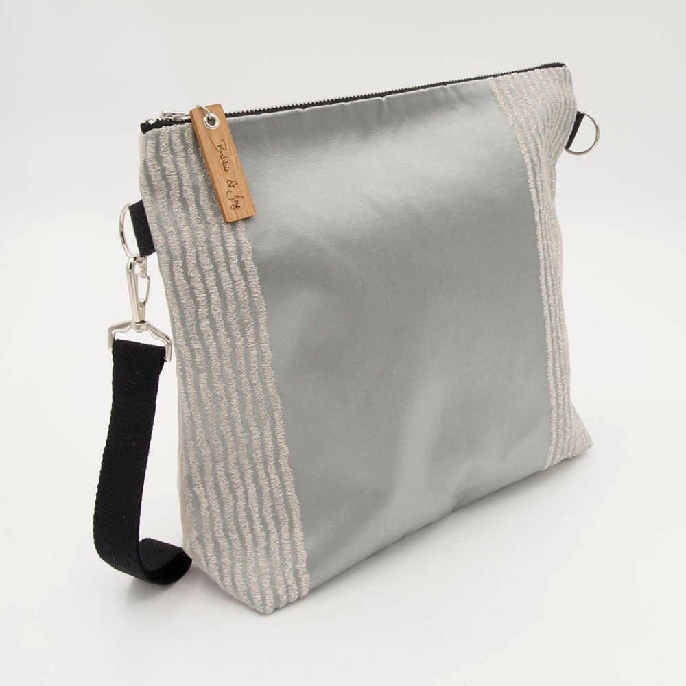 Bag 18 - Reclaimed Fabric Project Bag shiny silver and pearl