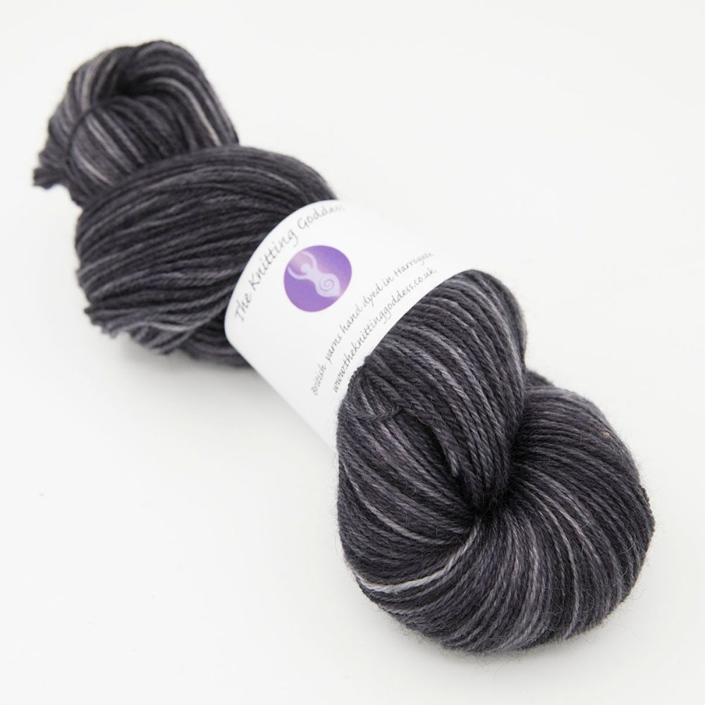 britsock coal 1 hand dyed British yarn with BFL Wensleydale alpaca and nylo