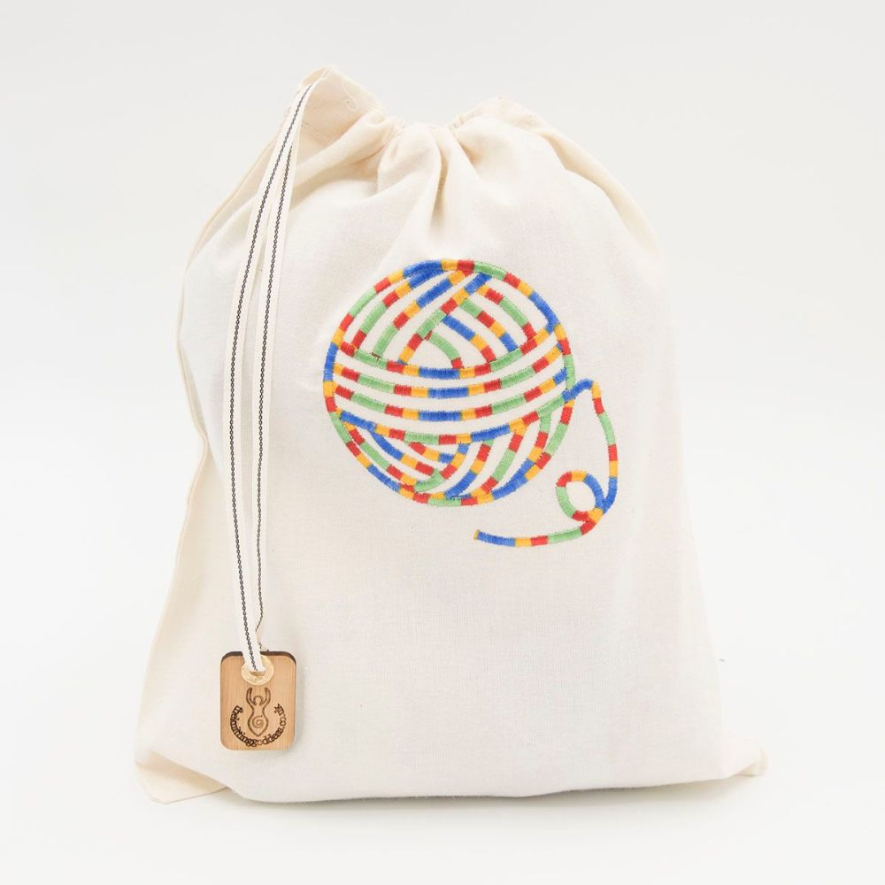 Embroidered draw string project bag - Multicoloured yarn
