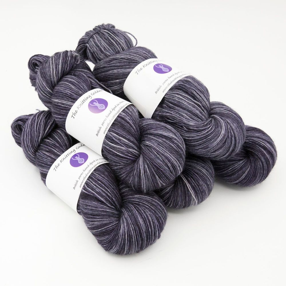 4ply BFL wool - Midnight Violet