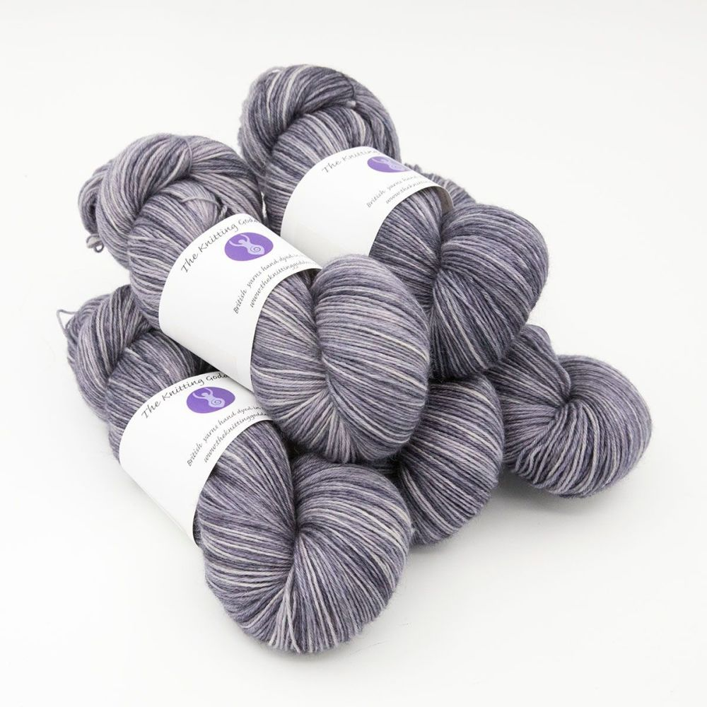 4ply BFL wool - Silver Violet